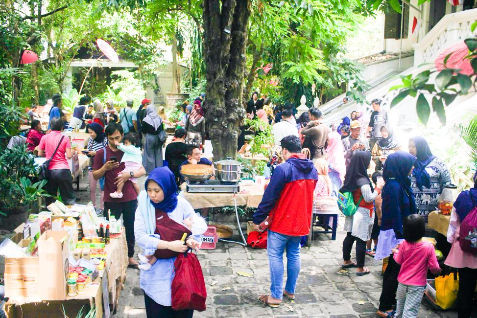 Pasar Mustokoweni: Wadah Sociopreneur Organik di Yogyakarta